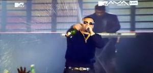 MTVMAMA live on stage